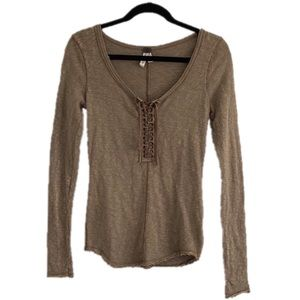 Free People XXS 00 Dark Tan Distressed Top